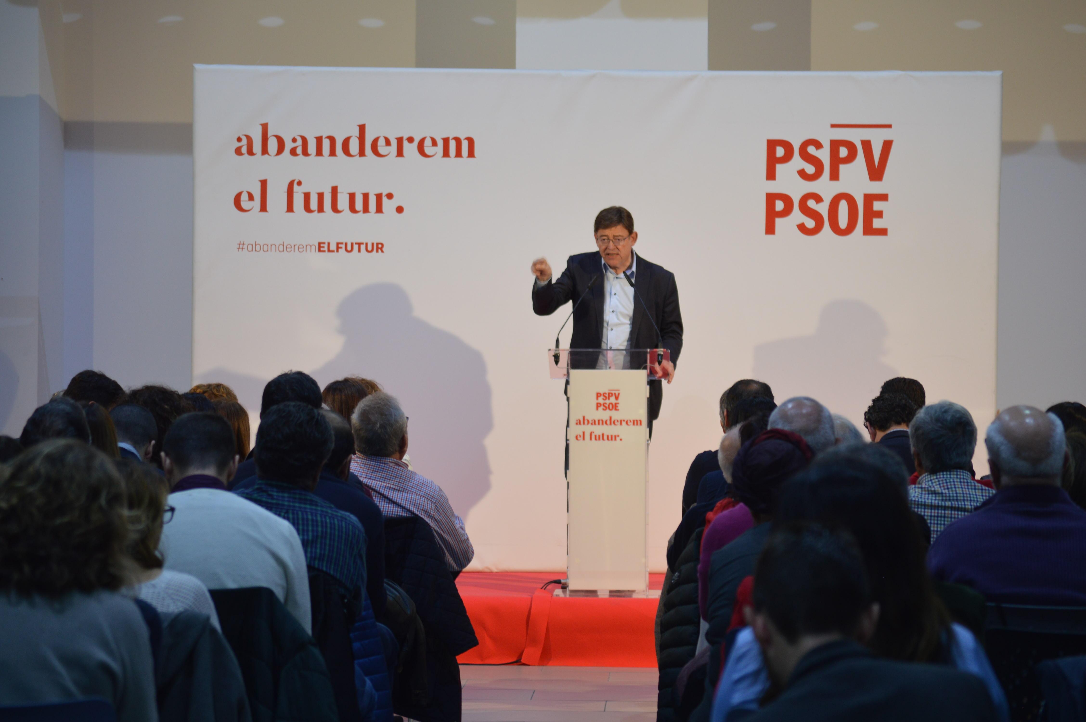 """Ximo Puig: """"Si el president de la Diputació d'Alacant tingués un mínim de dignitat democràtica, hui el seu vicepresident no estaria en un càrrec públic"""""""