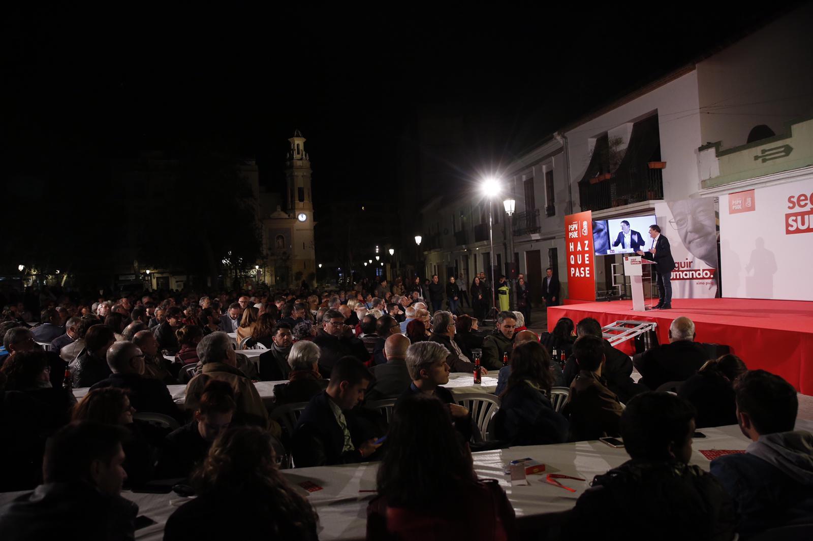 """Ximo Puig: """"Hem de mobilitzar a totes aquelles persones progressistes, perquè no són sol unes eleccions, ens estem jugant la democràcia"""""""