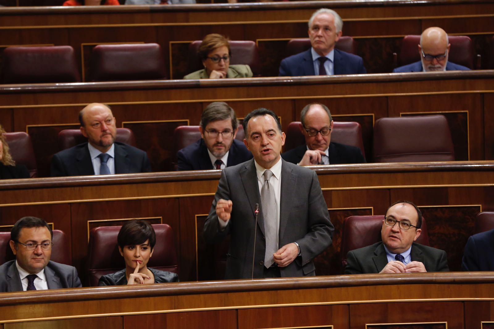 """Artemi Rallo: """"El Govern està donant tots els passos per a fer possible una línia aeroportuària Castelló-Madrid"""""""