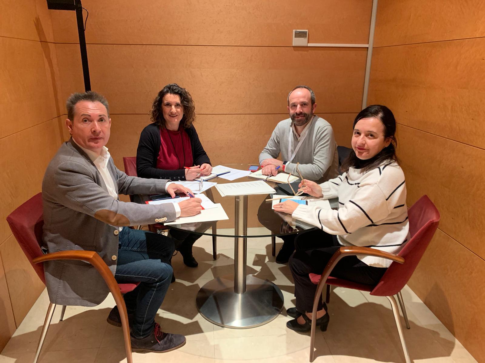 """Mercedes Caballero: """"Ja estem treballant a aconseguir la millor solució per a restablir la connexió entre Ademuz i Teruel i el PP torna a arribar tard"""""""