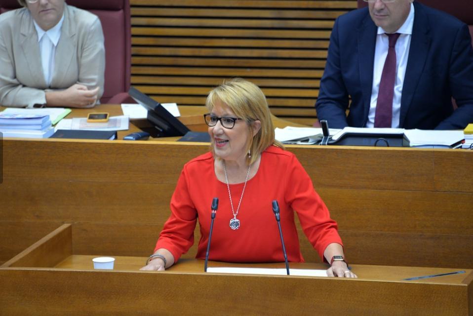 """Castelló adverteix al PP que """"exhibir la Creu dels Caiguts per Déu i per Espanya és il·legal"""""""