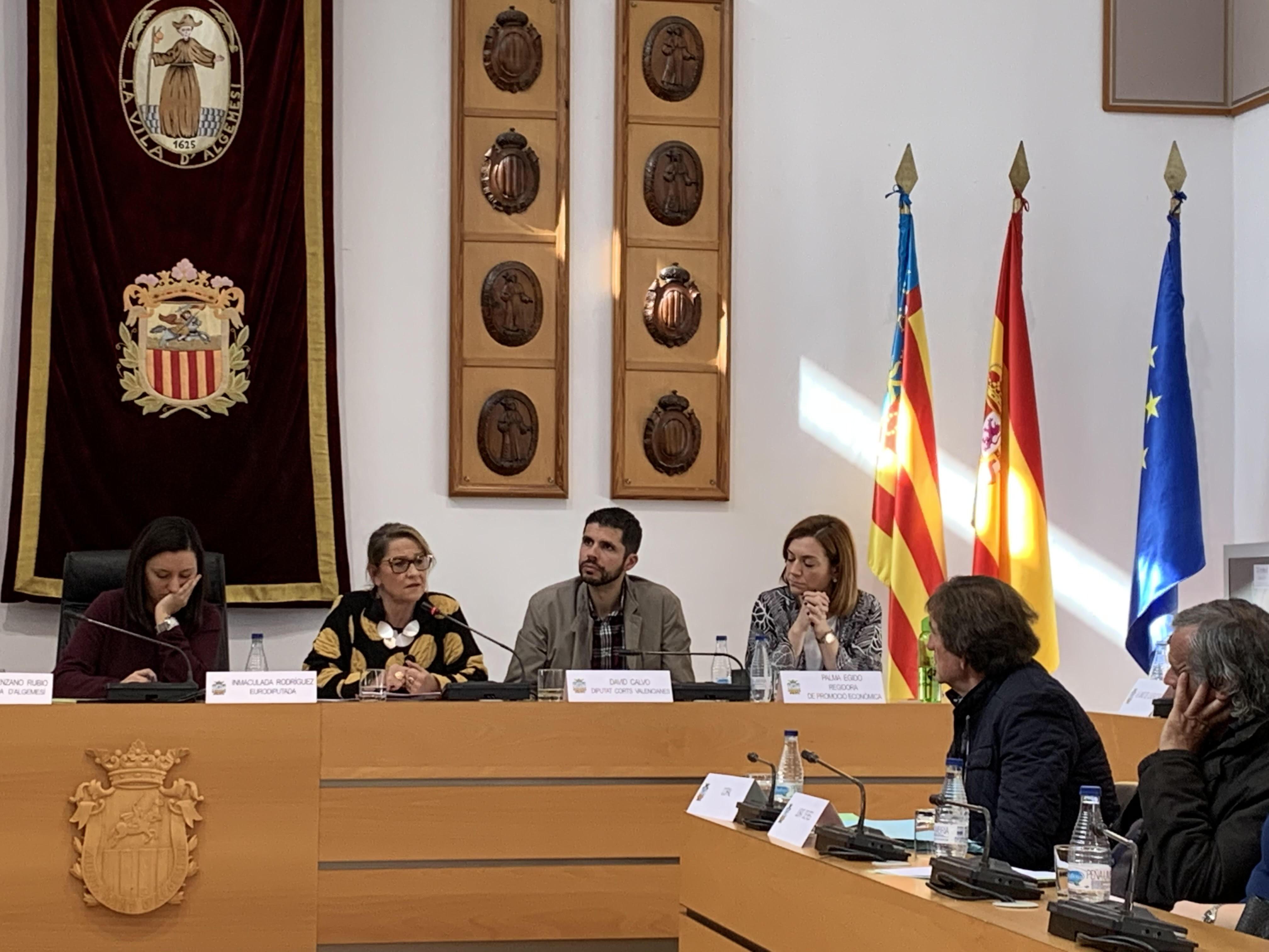 """El PSPV es compromet a treballar al costat del sector agrari perquè la nova llei de Cadena Alimentària """"es convertisca en una oportunitat que els permeta obrir nous mercats amb preus dignes"""""""
