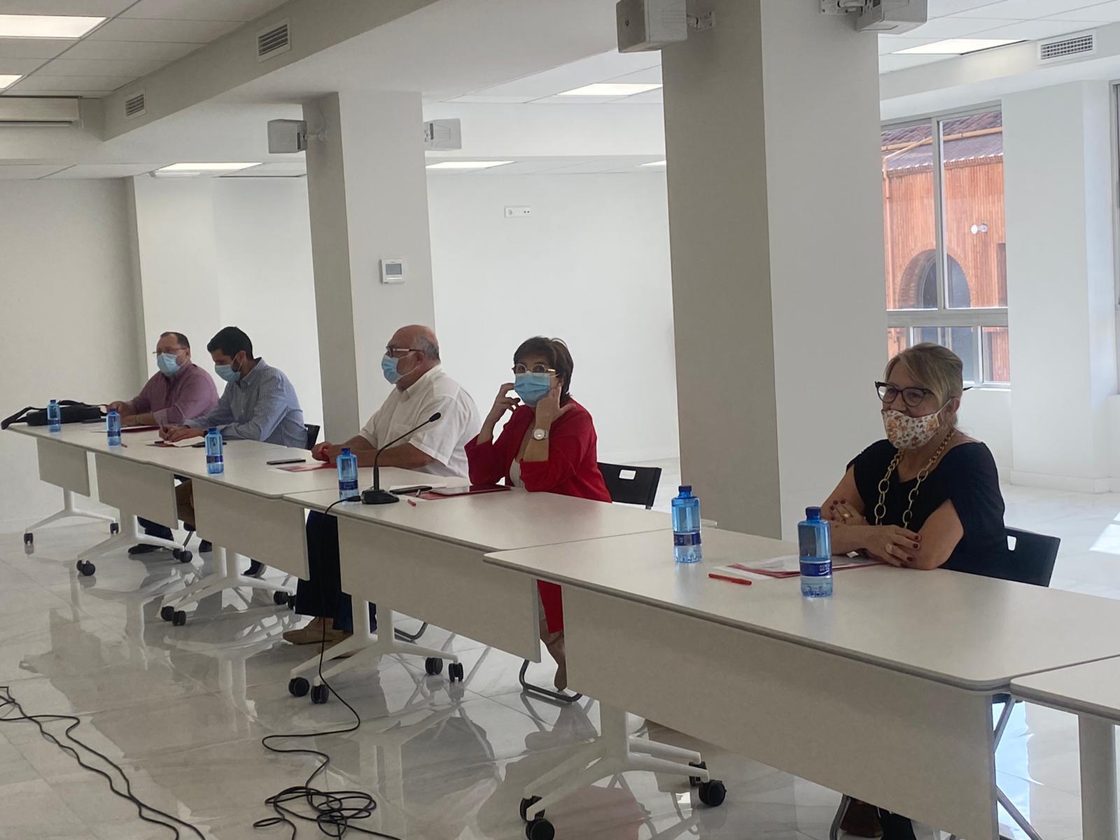 You are currently viewing El PSPV-PSOE i La Unió de Llauradors coincideixen en la necessitat de prioritzar la professionalització del sector agrari valencià