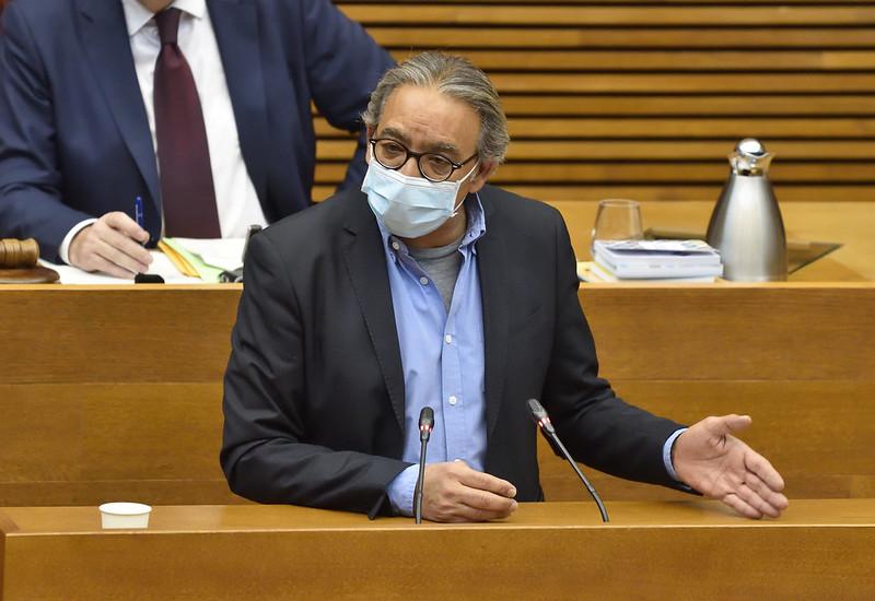 """En este momento estás viendo Mata: """"Los dirigentes del PP, excepto los que están en la cárcel, han desfilado por la plaza de toros para recordar un pasado al que nadie quiere volver"""""""