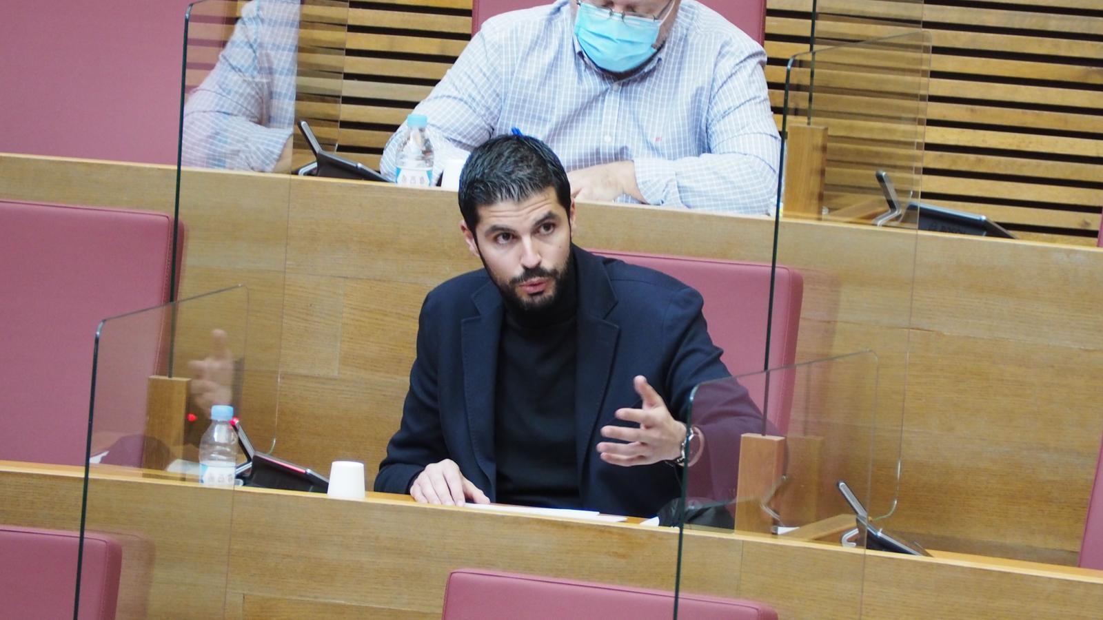 You are currently viewing El PSPV-PSOE proposa crear el distintiu Gallines Lliures de Gàbies per a avançar en matèria de benestar animal