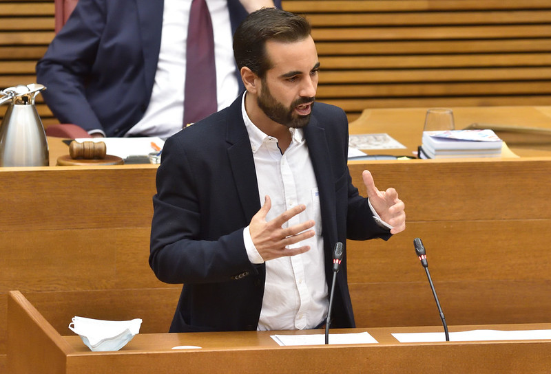 """You are currently viewing Muñoz: """"Amb la baixada d'impostos que proposa Carlos Mazón, ell mateix s'estalviaria 1.225,59 euros, mentre que una persona mileurista s'estalviaria tan sols 21 euros"""""""